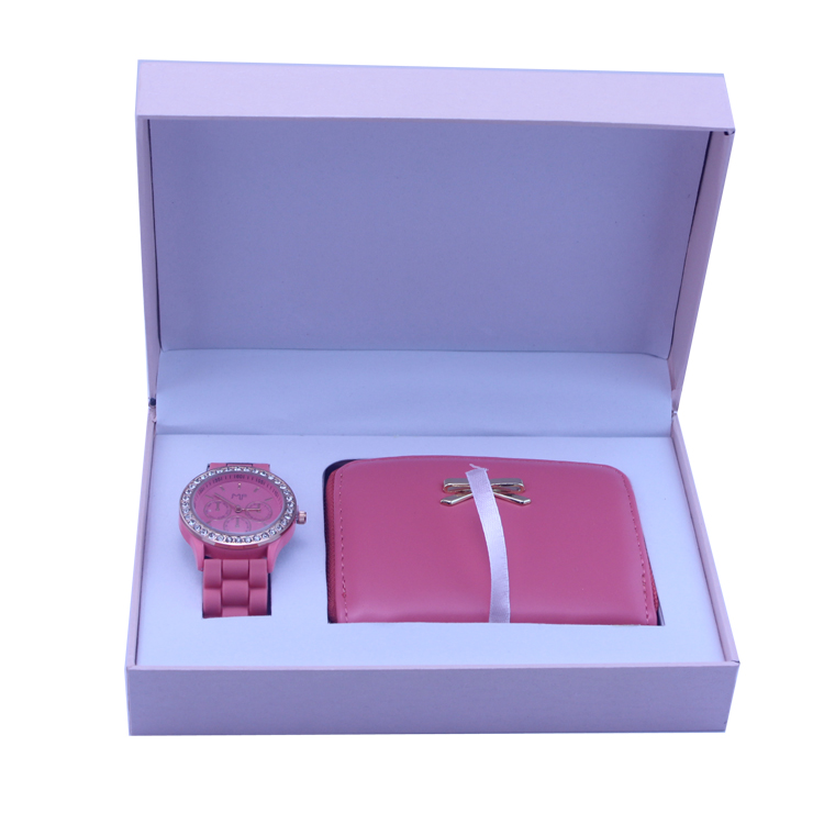 New arrival promotional fashion lady gift set watch with nice design wallet for Christmas