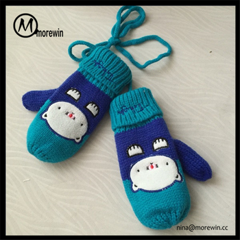 Morewin Brand Custom Cute Animal Pattern Baby Knitted Gloves Thick