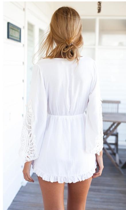 Лето белый комбинезон для женщины полые кружево короткая комбинезон три четверти рукава в форме крыла летучей мыши пэчворк плиссировка ползунки