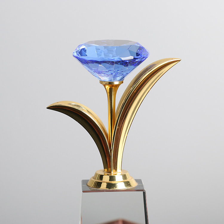 Beautiful diamond flower crystal award trophy for business gift