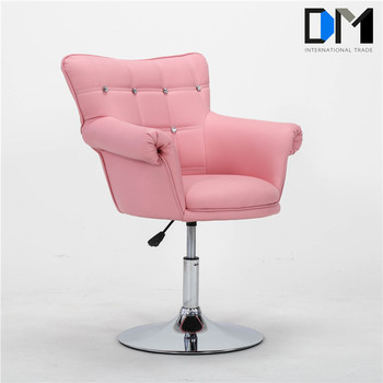 1 Year Warranty Pink Leather Barber And Hair Salon Chairs