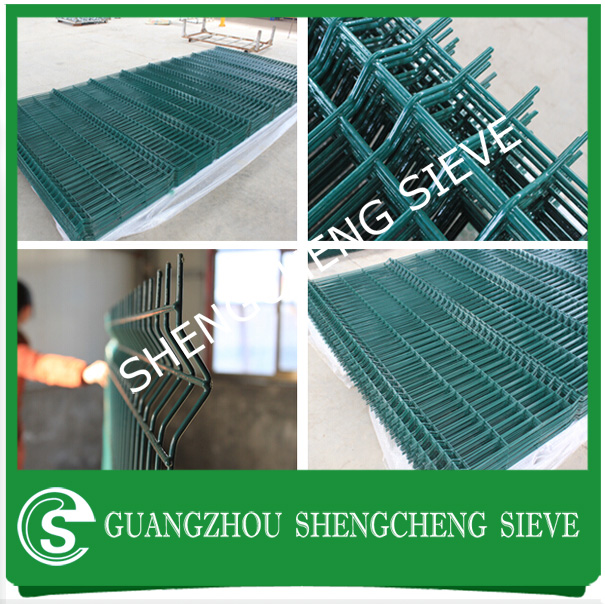 Square Post Curvy Wire Mesh Panel Fence With Free Drawing - Buy ...