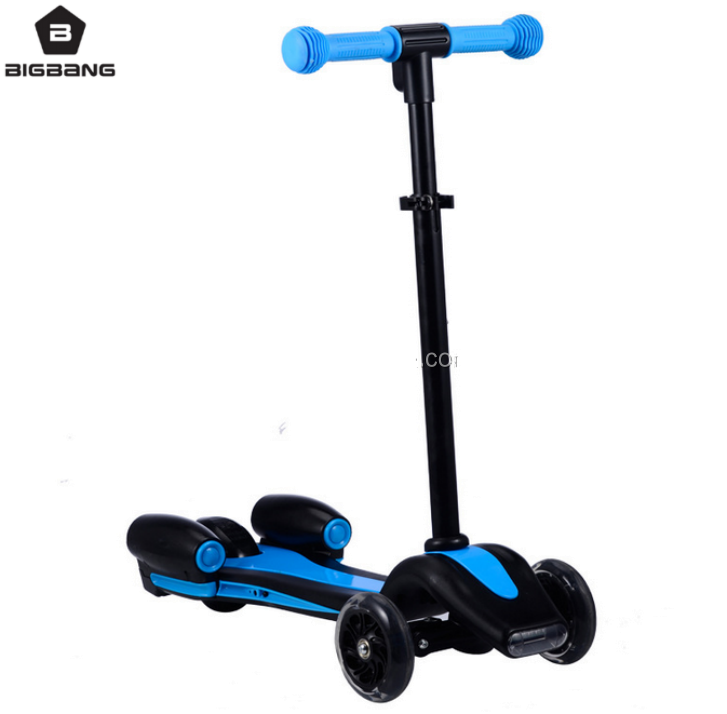 BIGBANG HANGZHOU 2017 new scooter LED lighting colorful flashing PU wheel kids kick scooter with sprayer for sale