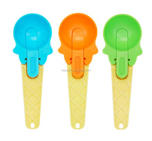 DD colorful PS plastic ice cream scoop in solid color