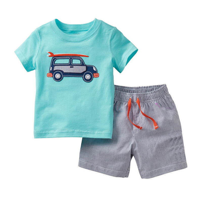 Different fabrics of baby boys' pants. When shopping for baby pants, one of the primary features to consider is the fabric type. Popular options include cotton, fleece, and bamboo rayon.