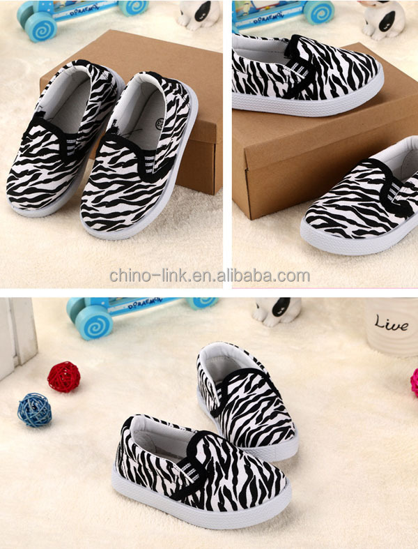 Cute slip on casual design soft touch cheap infant shoes wholesale