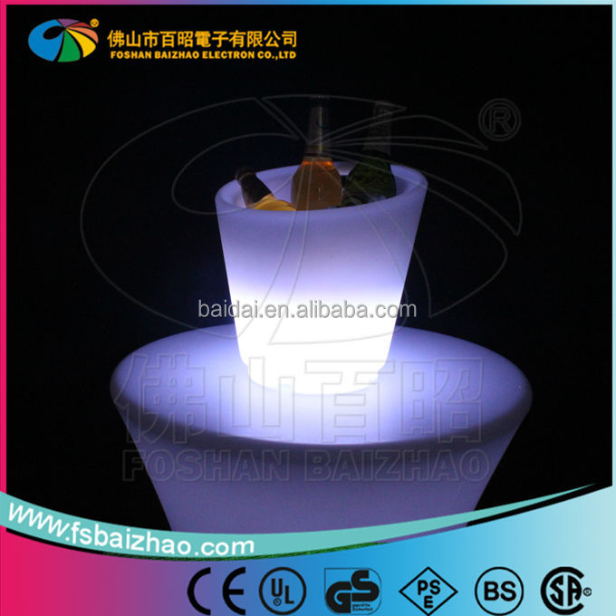 led illuminated wine ice bucket/Customized Led Ice Bucket,Plastic Ice Bucket,PE Ice Bucket