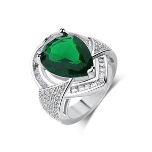 BR114 fashion damila heart shaped big green crystal stone ring for lady