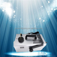 Santu brand Celebrate Machine Factory Price 600W 1.5L Stage Lighting Snow Machine