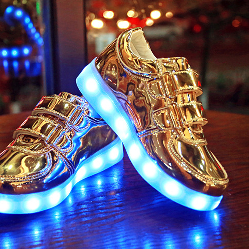 2016 Spring Autumn Casual Flat Boy Girl Kids Light Up Shoes Sneakers Fashion Luminous Colorful LED