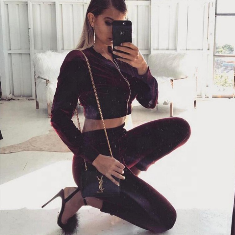 China Cheap Stylish Sexy Velvet Sport Wear Tracksuits For Women