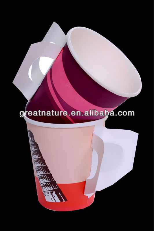 Paper hot drink cup with handle