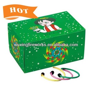 E003 Spinning golden circle fuse fireworks /Novelty fireworks for kids