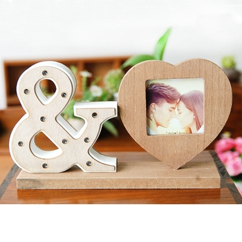 Latest Design Wooden Heart Shape Love Couple Photo Frame Of Led