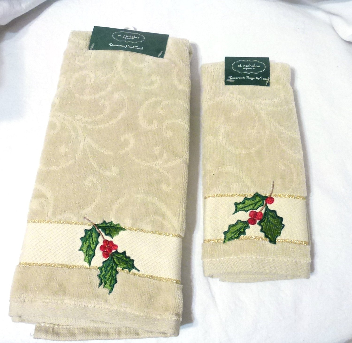 Linum Home Textiles TR00-2HT-BELL-2 Christmas Bells Embroidered Hand Towels 2 Piece Set of 2