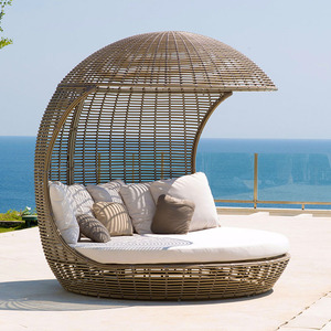 Wholesale aluminum frame wicker furniture outdoor canopy rattan sunbed  beach daybed
