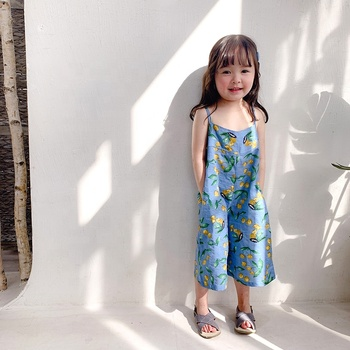 Korean version of girls' halter jumpsuit for 2019 summer children's wear