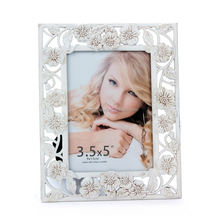 self-advertise hesive photo frames acryl photo frame cube magnetic floating photo frame display