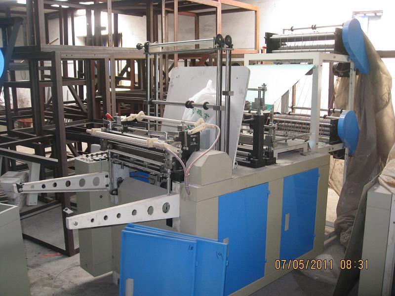 Computer-Control-High-Speed-Plastic-Bag-Making-Machine-SHXJ-B600-1000-