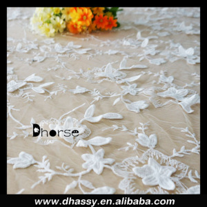 New product fancy white mesh 3d flower lace embroidered fabric