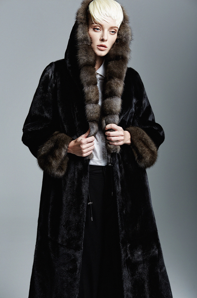 Long Mink Fur Coat with Big Sable Fur Collar Coat 130 CM