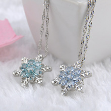 New Design Christmas Gift 눈송이 펜 던 트 Necklace 우아한 Pave Cubic <span class=keywords><strong>지르코니아</strong></span> 눈송이 목걸이