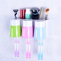Shower Room Shelf Strong Sucker Wall Hanging Plastic Toothpaste Dispenser Family Wear Toothbrush Holder