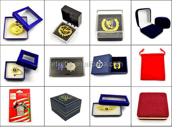 Gold plated souvenir metal clasp custom badge gold