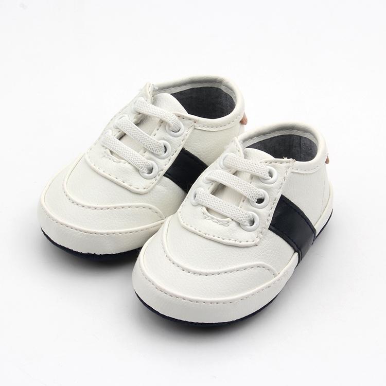 Nueva marca de moda bebé niños caminantes de invierno zapatos descalzos y zapatillas de deporte de los niños zapatos casuales zapatos
