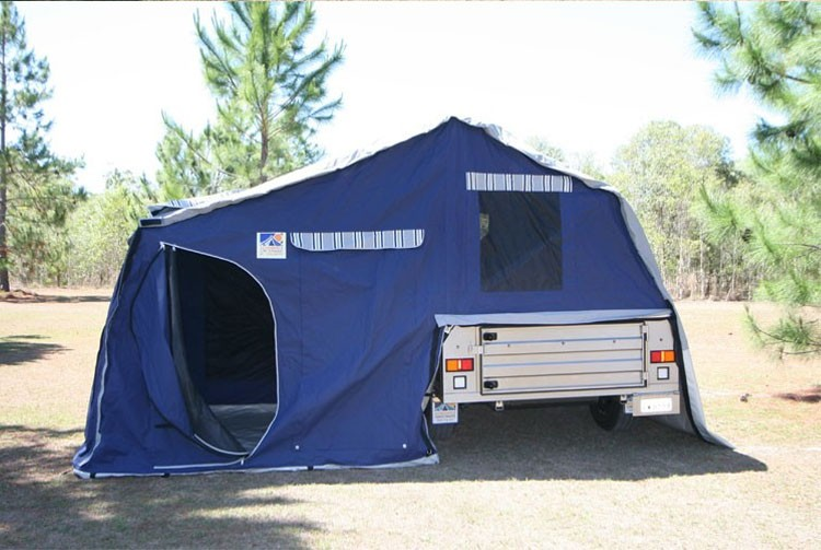 New  Trailers The Company S Travel Trailers Feature A Universal Docking
