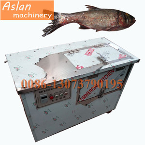 99% fish scaling machine / stainless steel fish scale scraping machine with water flushing function