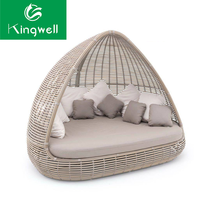 Beach furniture outdoor PE rattan furniture daybed with canopy