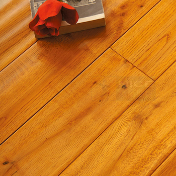 Bright color and high quality oak solid wood / hardwood flooring/parquet