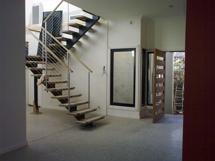 Modern Double Stringer Prefab Metal Stairs Design With Glass Railing System