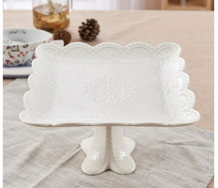 8'' Relief High Foot Sugar Candy Dessert Tray White Porcelain Plate Cake Stand Fruite Plates Ceramic Shower Plates Dishes
