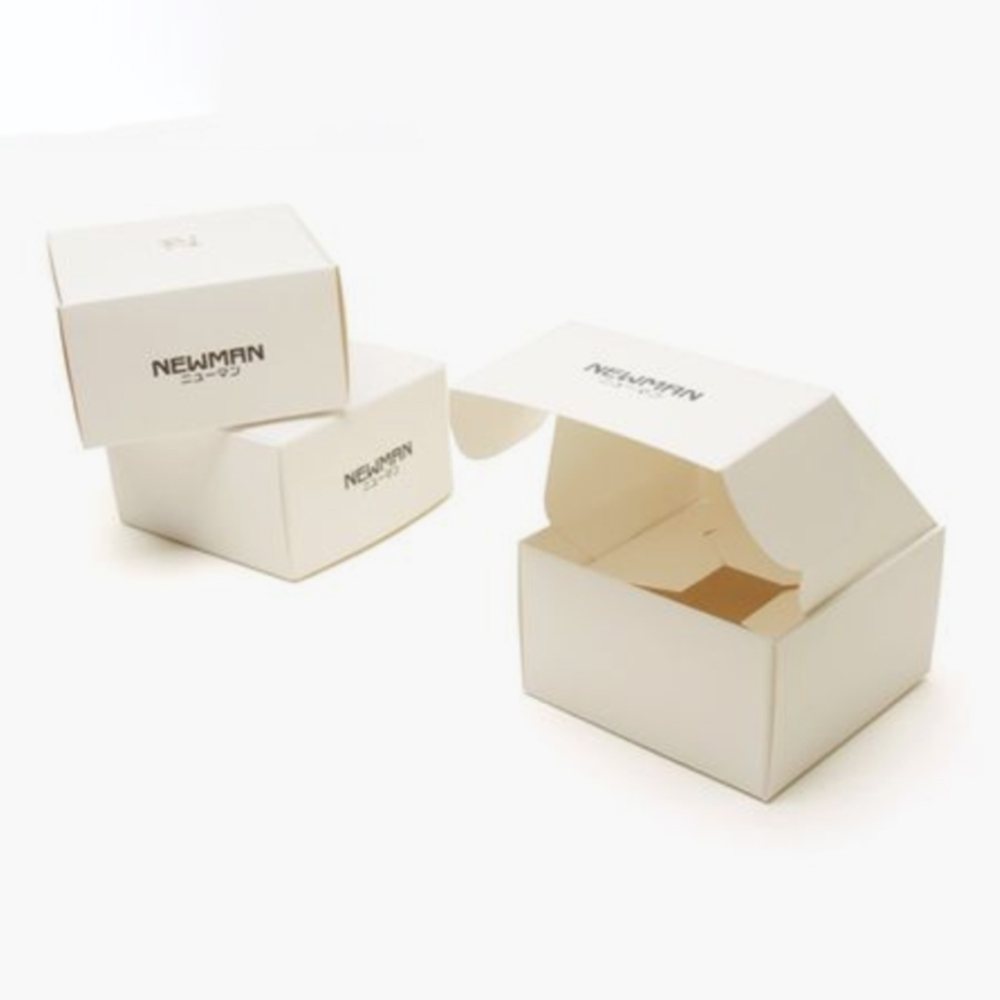 Custom logo OEM black hot stamping recyclable square packaging box