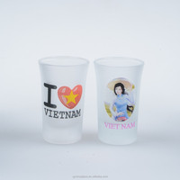 Glass souvenir glass cup manufacturer, can design cup stickers