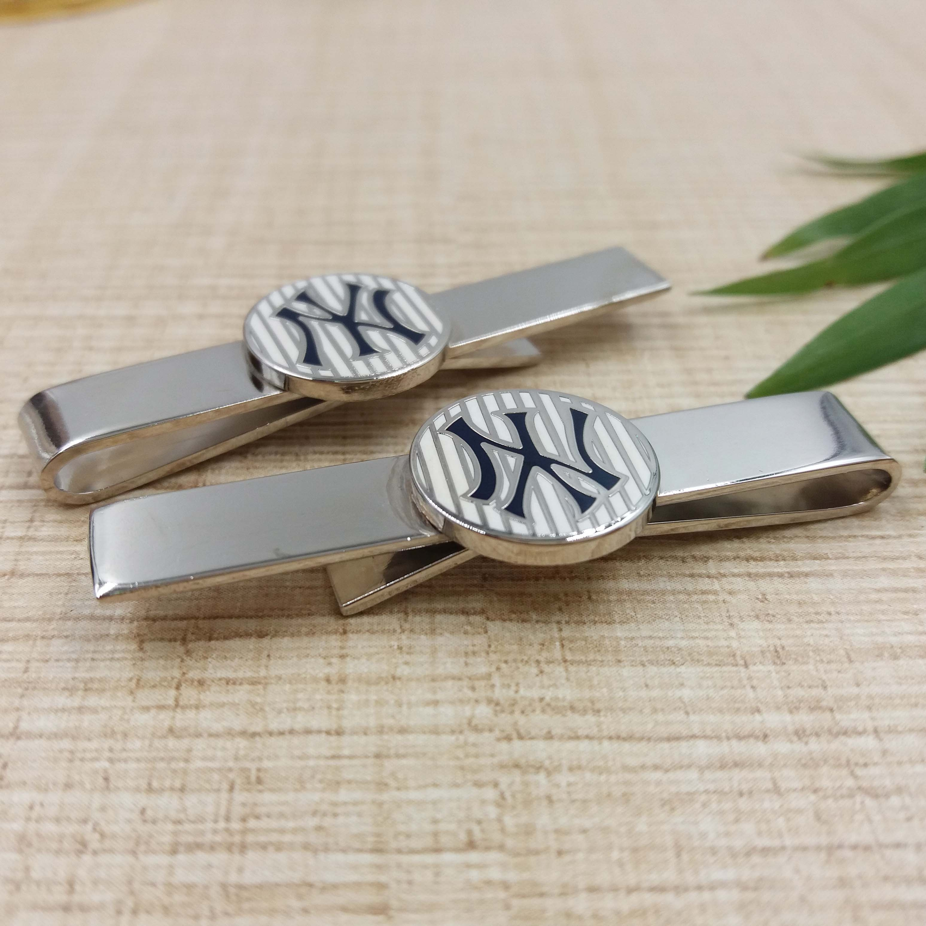 Custom cuff links and tie clip sets,Hot selling clip on neck tie with clip