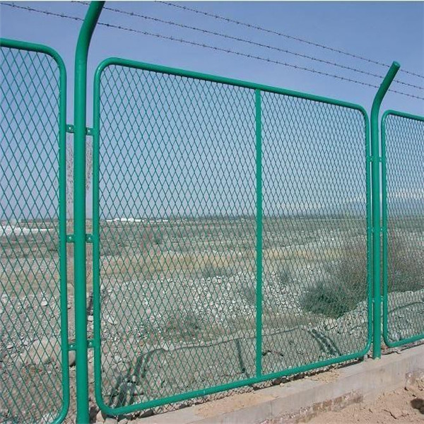 Garden Fence Panels Galvanized High Tensile Steel Barbed Wire ...