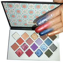 Lage MOQ Private Label Make Hoge Pigment Custom Karton Eyeshadow Palette