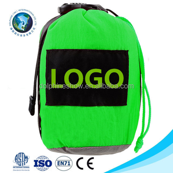 2017 Green Camping outdoor compact parachute 210T nylon beach blanket mat Foldable sand free waterproof pocket picnic blanket