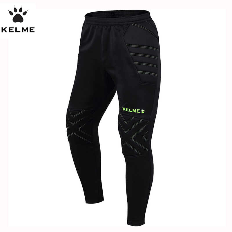 We have soccer training pants, warm ups and soccer sweats to help you play your best. Find some of the best prices online for soccer pants from leading brands including Nike, adidas, Puma and more.