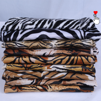 Polyester Spandex Super Soft Comfortable Stretch Velvet Fleece Digital Animal Print Knit Fabric Cheap Price