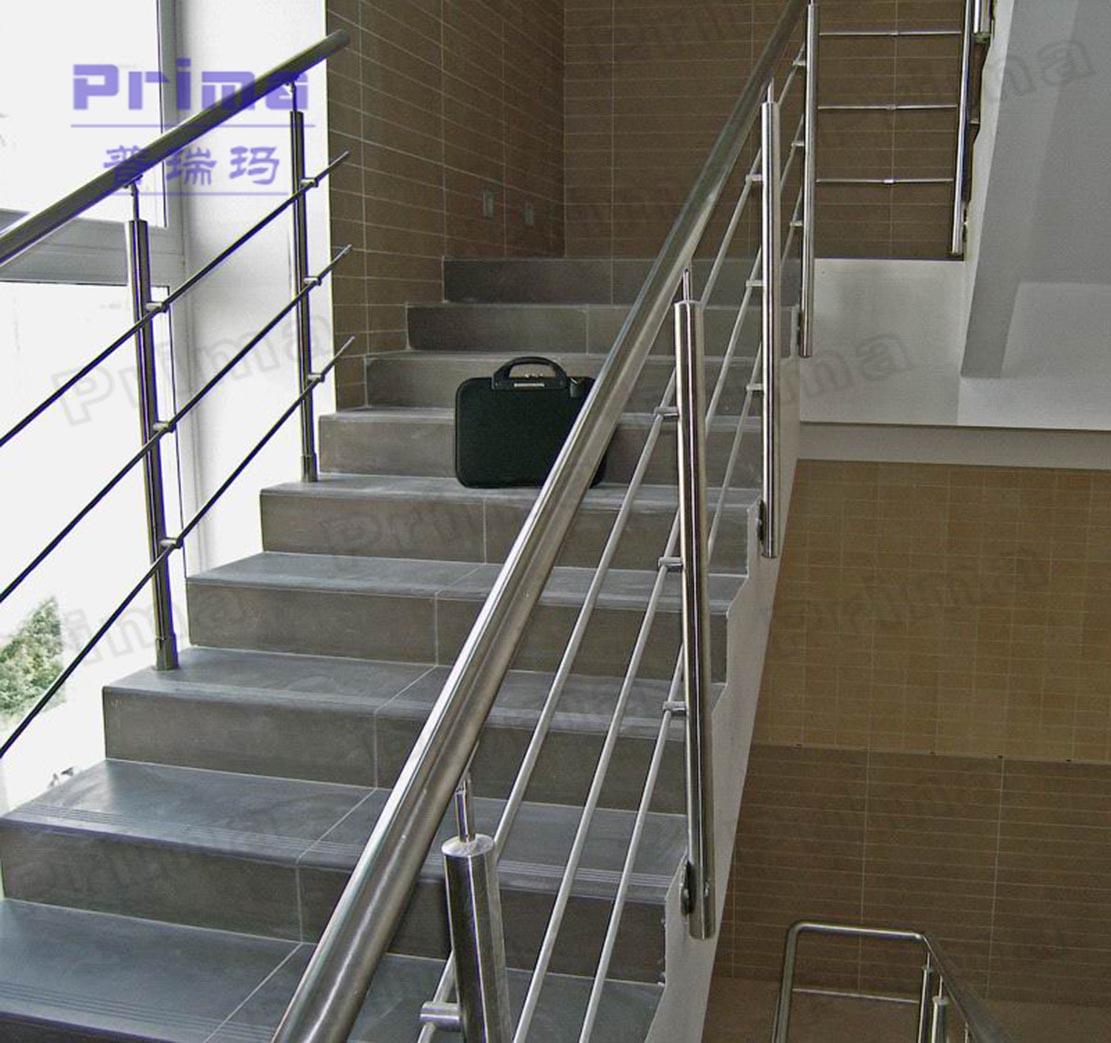 Internal portable stainless steel railing design