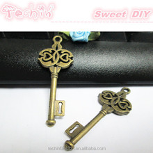 2015 New Bronze 톤 Keys Charms <span class=keywords><strong>펜던트</strong></span>