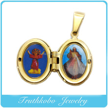 Two Side Photos Locket Pendant 18K IP Gold Plated Stainless Steel Enamel Oval Lady of Mt.Carmel Mary Christ Necklace Charm