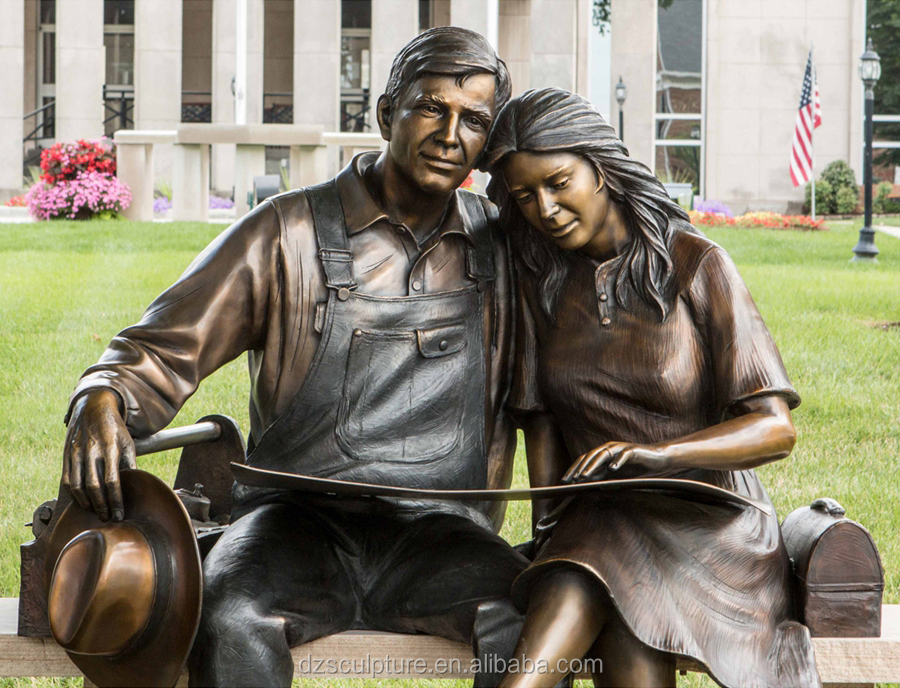 Garden Decoration Life Size Man And Woman Bronze Statue
