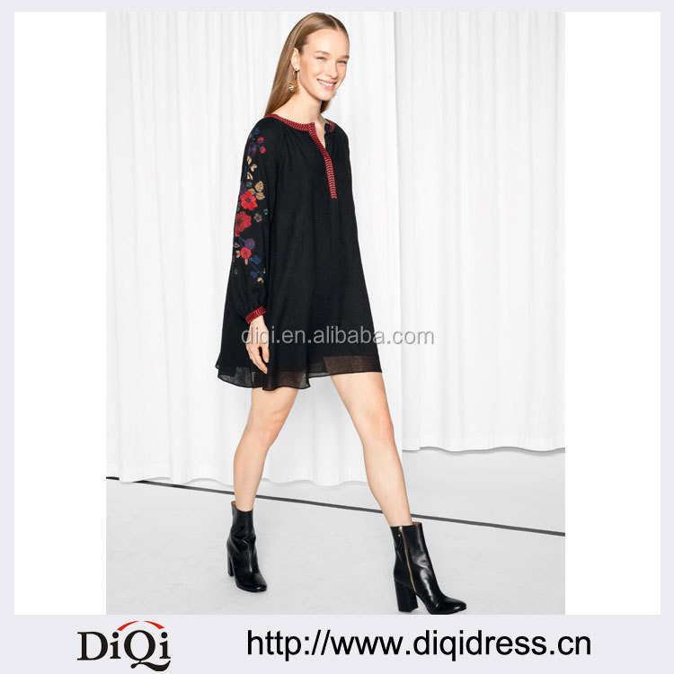 A-line Women Flower Embroidered Bishop Sleeve Dress(DQE0050D)