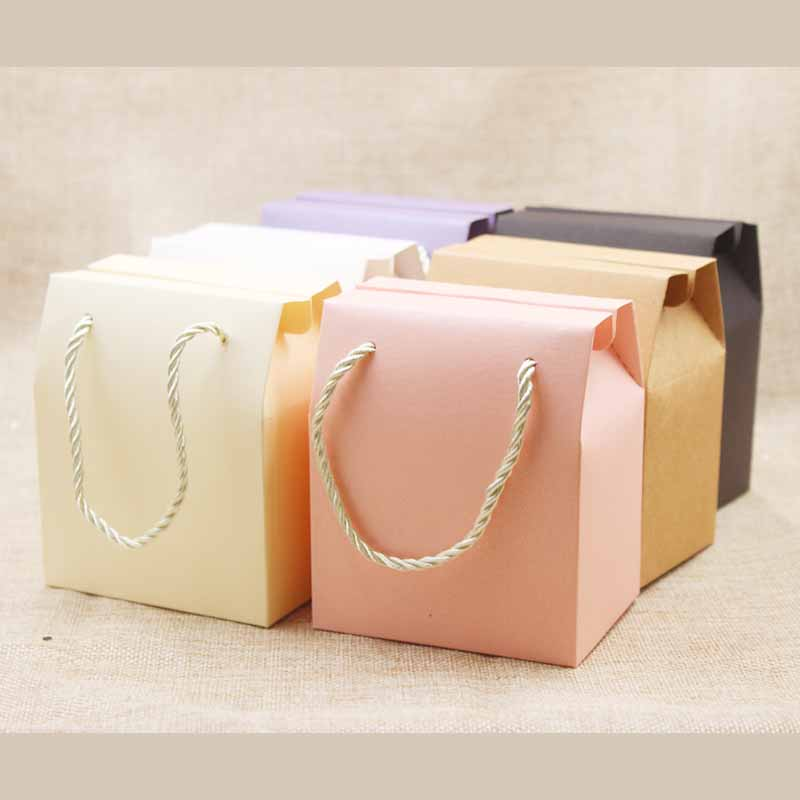 Lvory Paper Favor Bag Pink Wedding Packing Boxes Lilac Gift Box with Handle Kraft Nuts Package Box