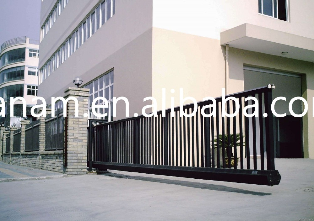 Suspending aluminum electric retractable fence arm door